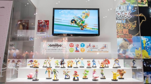 Amiibo Display